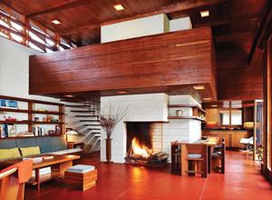Фанера является красивым, прочным и удобным современным строительным материалом